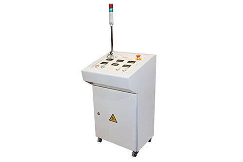 Automatic / Manual Voltage Control